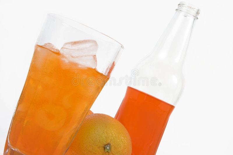 Schiocco di soda arancione fotografia stock