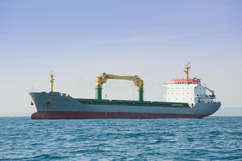 Schip in de haven stock foto's