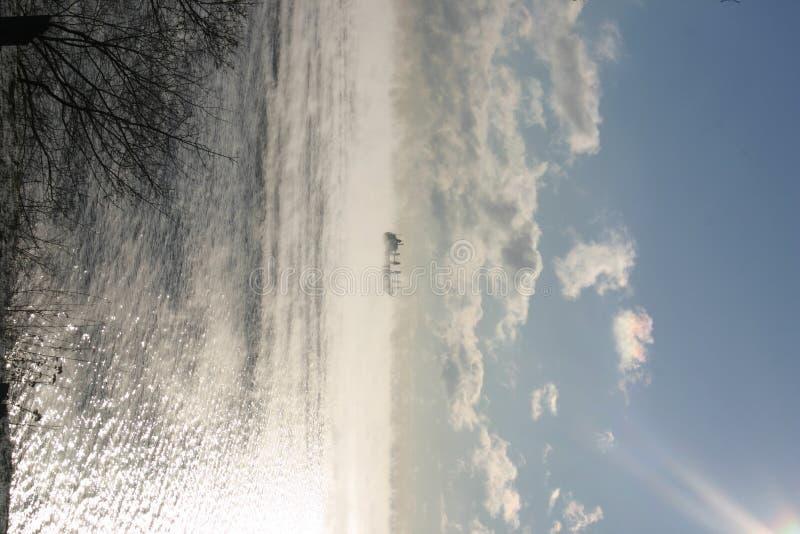 Schip in de wolken royalty-vrije stock afbeelding