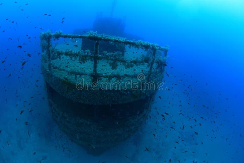 Download Schipbreuk In De Middellandse Zee Stock Foto - Afbeelding bestaande uit onderdompeling, eilanden: 39109912