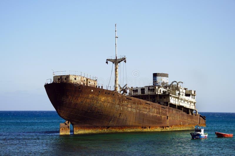 Schipbreuk in Lanzarote royalty-vrije stock afbeeldingen