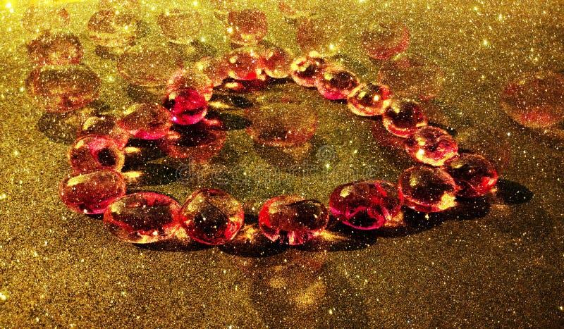 Schitter geweven hartmalplaatje als achtergrond, het ontwerp van het grafiekmalplaatje royalty-vrije stock afbeelding