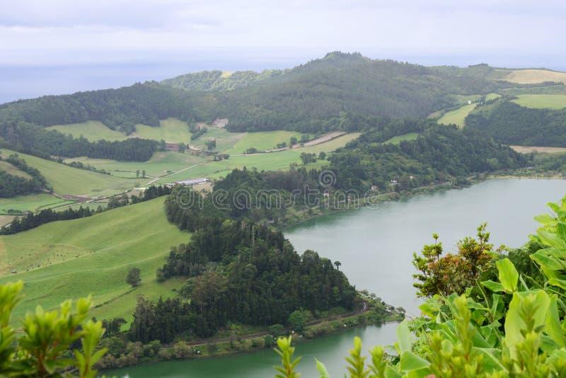 Schitterend beeld Aanzicht op de kust van de stad Ponta Delgada, eiland San Miguel, Portugal royalty-vrije stock foto