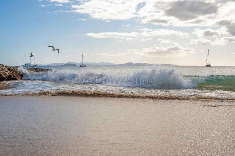 Schitterend strand op Playa Papagayo royalty-vrije stock foto