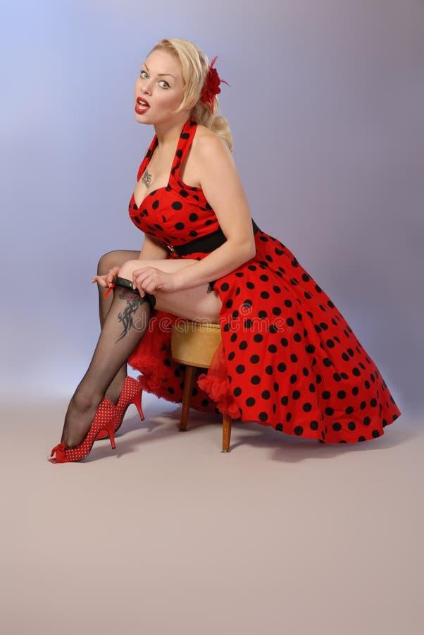 Schitterende blonde jaren '50stijl pinup royalty-vrije stock foto's