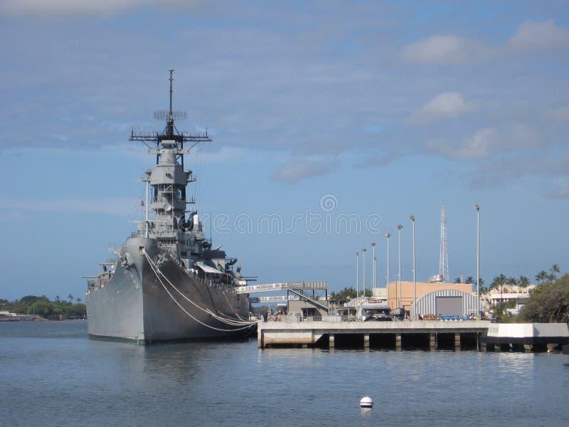 Schlachtschiff im Pearl Harbor lizenzfreie stockfotos