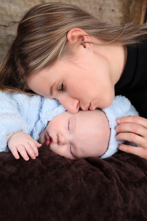Schlafendes Baby lizenzfreie stockbilder