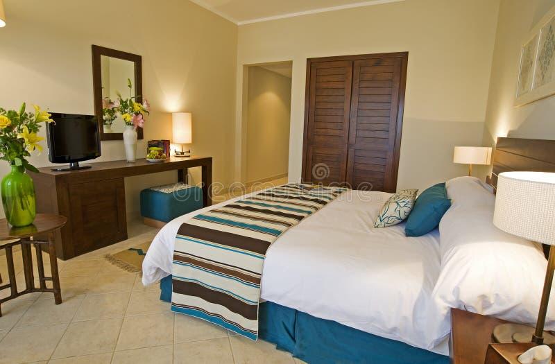 Schlafzimmer, das Innenarchitektur zeigt stockfotografie