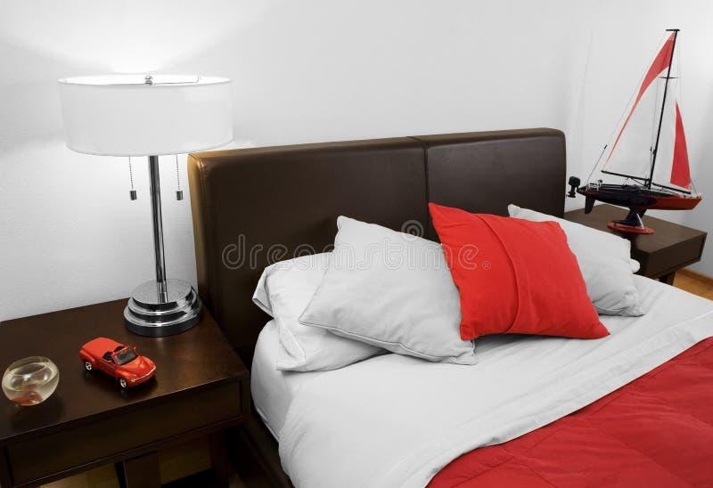 Schlafzimmer des Jungen stockfotos