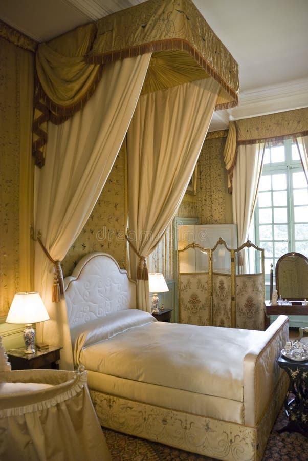 Schlafzimmer im Chateau Cheverny lizenzfreie stockfotos