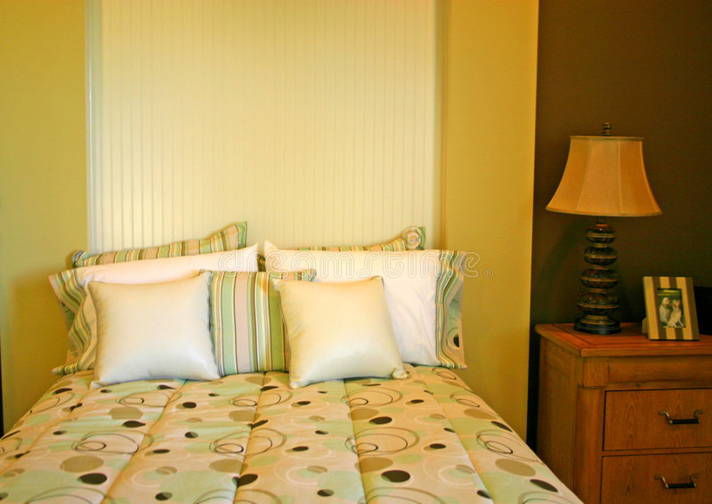 Schlafzimmer mit Kreisen stockfoto