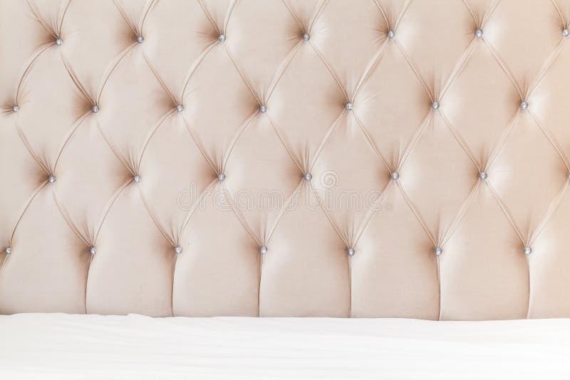 Schlafzimmerinnenhintergrund, weiche Kopfende lizenzfreies stockbild