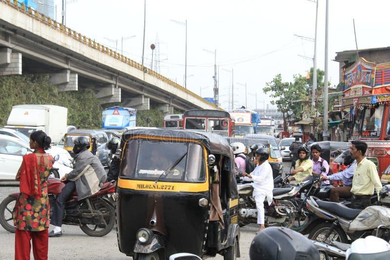 Schlechter Verkehr auf Straße stockfotografie