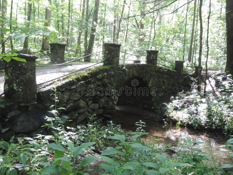 Schleppangelbrücke stockfoto