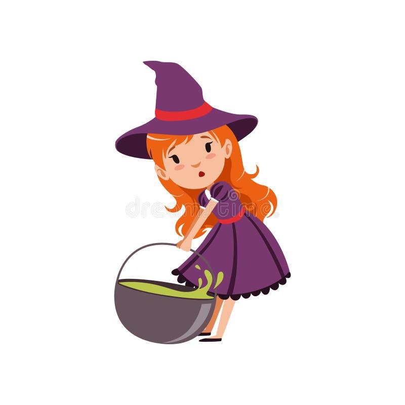 Schleppender großer Kessel der netten kleinen rothaarigen Mädchenhexe mit grünem Trank Trick-oder Festlichkeit-Halloween-Kostüm V lizenzfreie abbildung