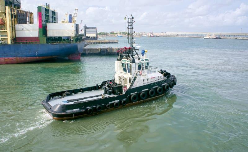 Schlepperboot stockfotos