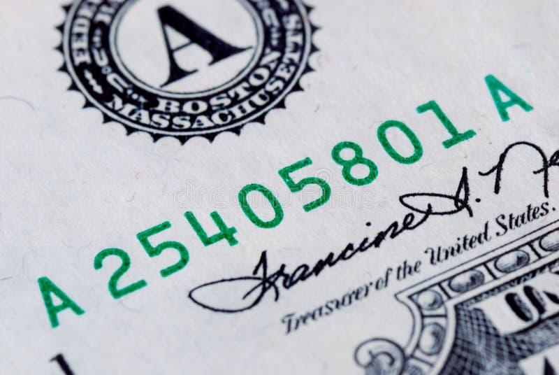 Schließen Sie herauf Ansicht der Seriennummer einer Rechnung stockfoto