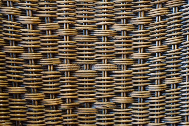 Schließen Sie herauf braunen Bambuskorbbeschaffenheitshintergrund stockfotografie