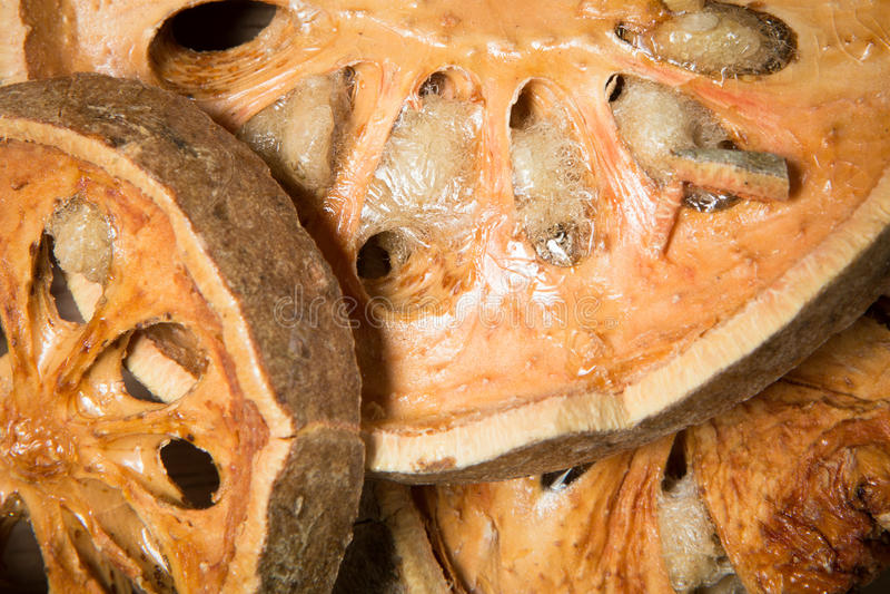 Schließen Sie herauf getrocknete bael Frucht lizenzfreies stockbild