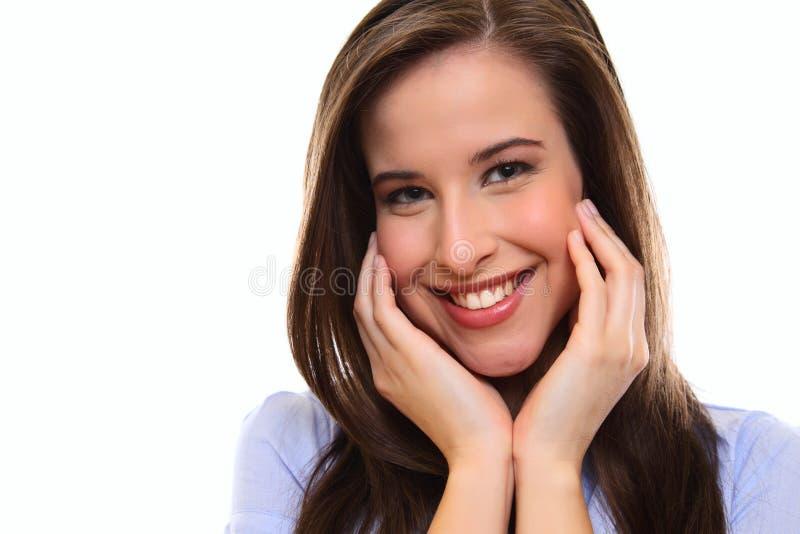 Schließen Sie herauf Portrait einer jungen Frau des glücklichen Brunette lizenzfreies stockbild