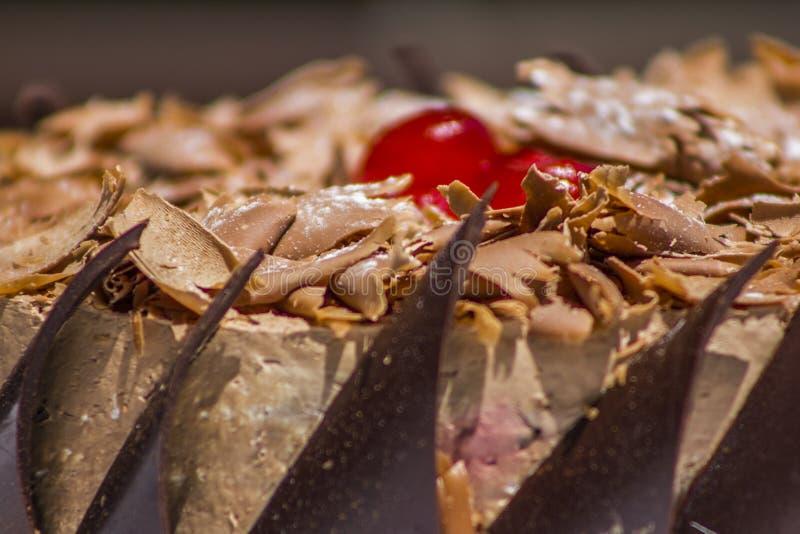 Schließen Sie herauf Schuss eines köstlichen Geburtstagskuchens lizenzfreies stockfoto