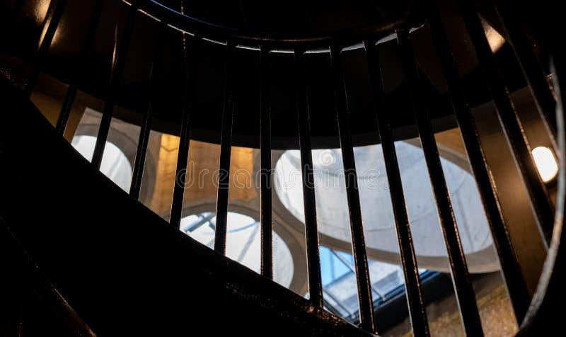 Schließen Sie oben vom Innenraum des Museums Zeitz Mocaa von zeitgenössischem Art Africa, auf der V&A-Ufergegend, Cape Town, S lizenzfreie stockfotos