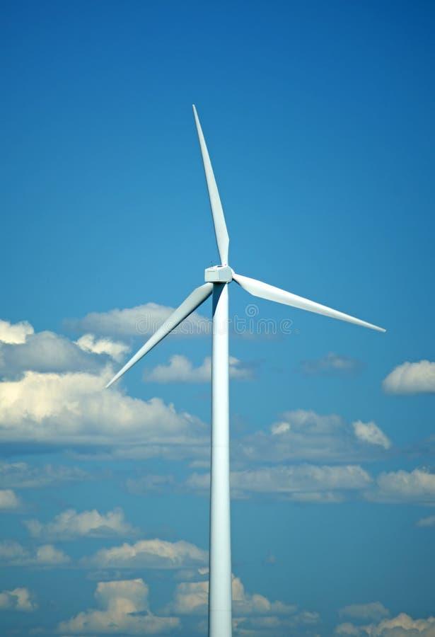 Download Schließen Sie Oben Von Der Modernen Windmühle Stockfoto - Bild von schweden, leistung: 12203146