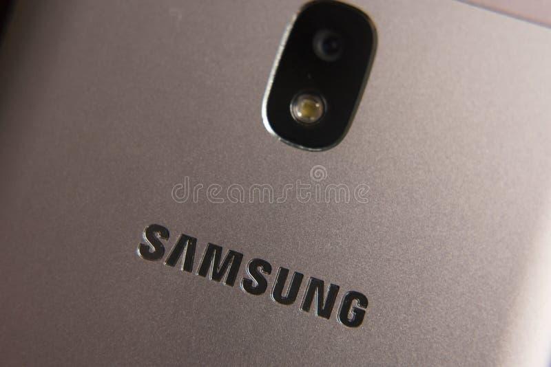 Schließen Sie oben von einem Samsungs-Smartphone lizenzfreie stockfotos