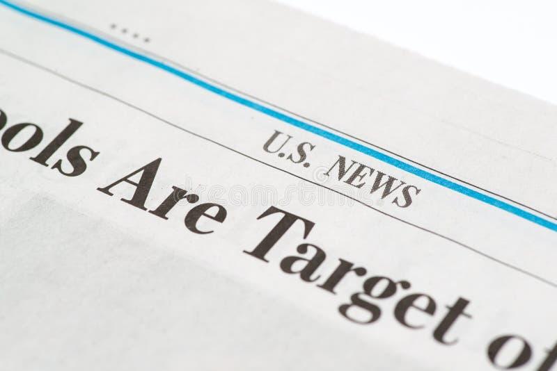 Schließen Sie oben von einem US-Steuerformular und einem Stift, die betriebsbereit sind, Unterzeichnung zu kennzeichnen S Nachric lizenzfreies stockbild