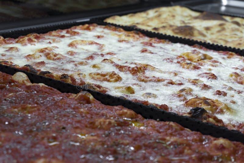 Schließen Sie oben von einer anderen italienischen Pizza lizenzfreies stockbild