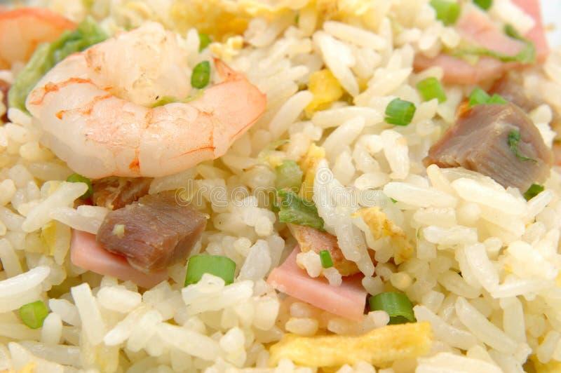 Schließen Sie oben von gebratenem Reis lizenzfreie stockbilder