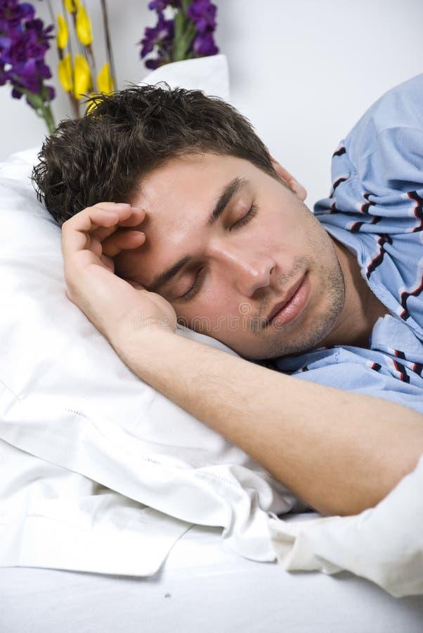 Schließen Sie oben von schlafendem Mann stockbild