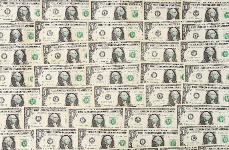 Schließung einer Geldrechnung mit Gesichtsmaske lizenzfreie stockfotografie