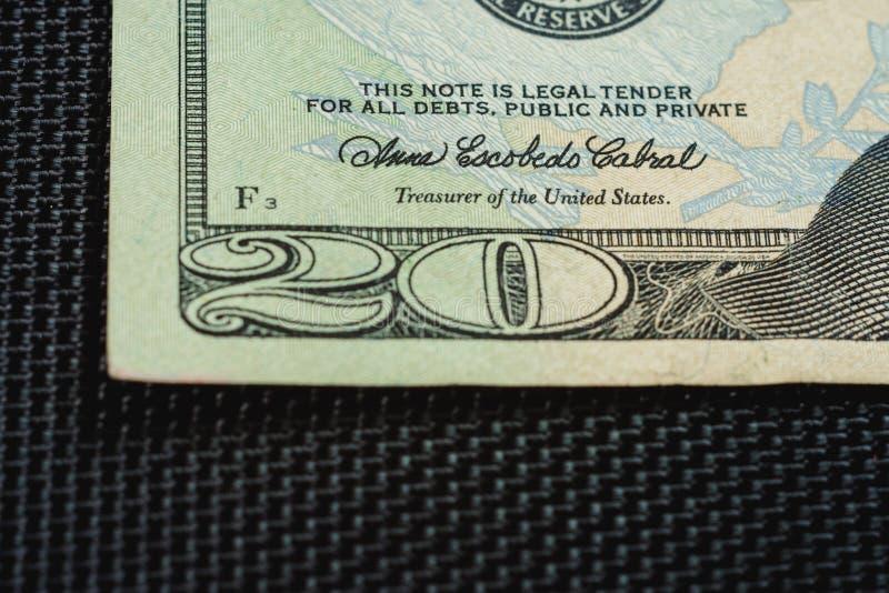 Schlie?ung von US-Geld ist zwanzig Dollarscheine, Dollarscheinfragment US zwanzig von Makro stockfotos
