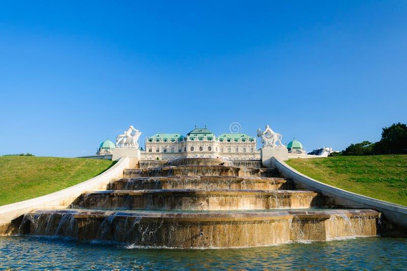 Schloss Belvedereslott Wien Österrike royaltyfri bild