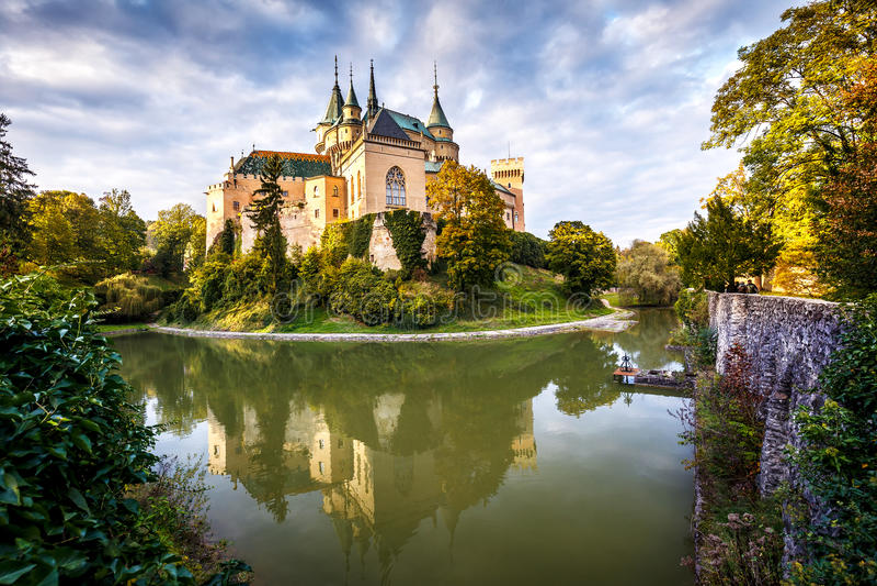 Schloss Bojnice lizenzfreies stockbild