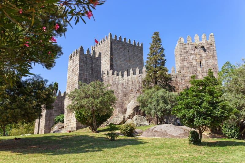 Schloss Castelo Des Guimaraes Das meiste berühmte Schloss in Portugal stockbilder