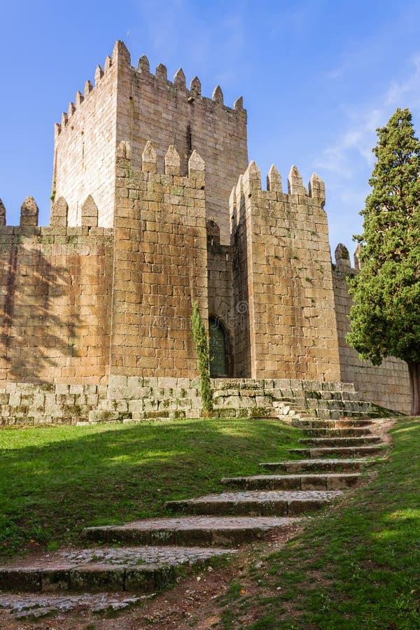 Schloss Castelo Des Guimaraes Das meiste berühmte Schloss in Portugal stockbild