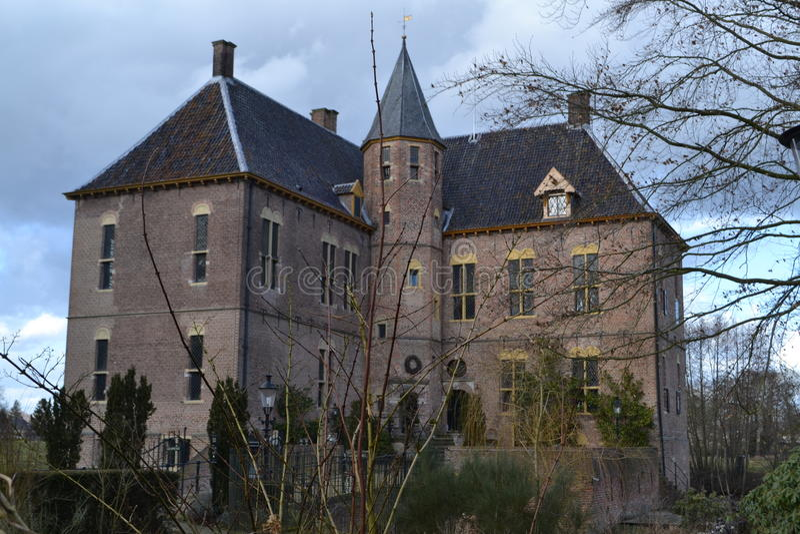 Schloss in den Niederlanden lizenzfreies stockbild