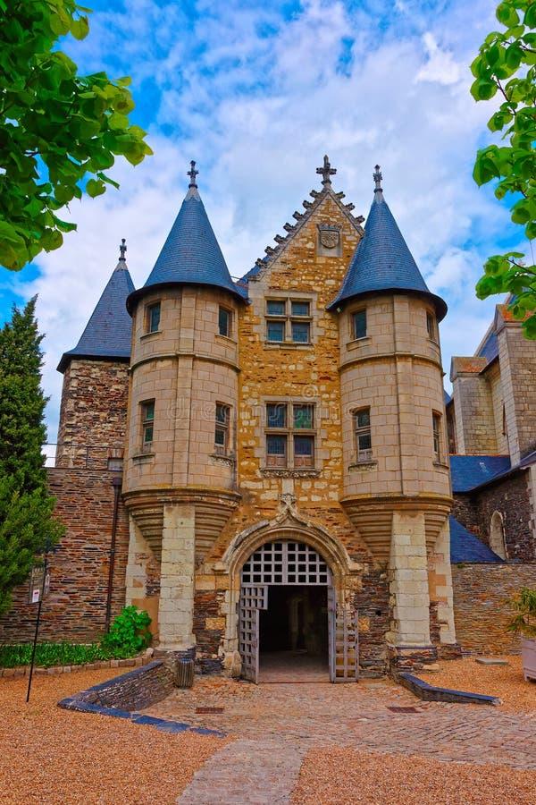 Schloss des Chateaus verärgert stockfotografie