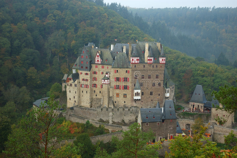 Schloss Eltz stockfotografie