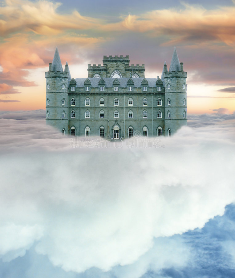 Schloss im Himmel lizenzfreie stockfotografie