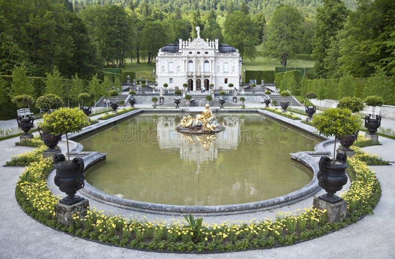 Schloss linderhof stockfotografie