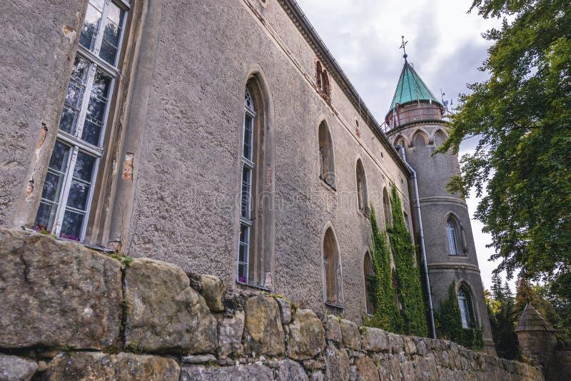 Schloss nahe Szczytna stockbilder
