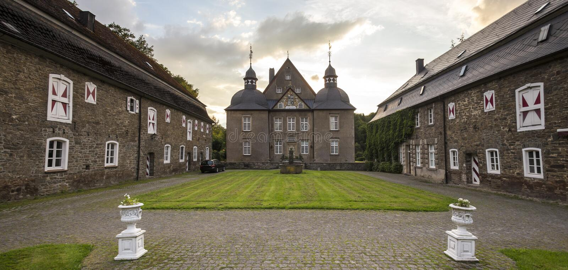 Schloss neuenhof Deutschland-nrw lizenzfreie stockbilder