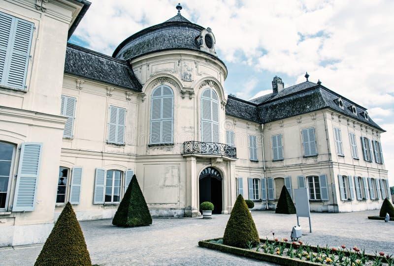 Schloss Niederweiden in Austria, filtro blu immagine stock