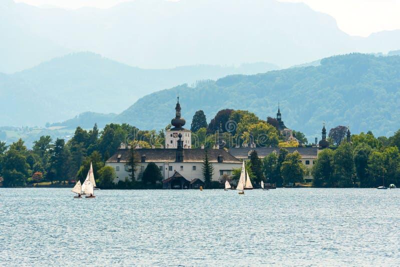 Schloss Ort城堡在Traunsee湖,奥地利 图库摄影