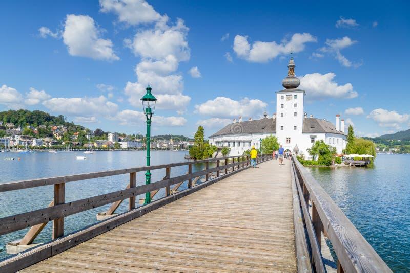 Schloss Orth am See Traunsee in Gmunden, Österreich lizenzfreie stockfotos