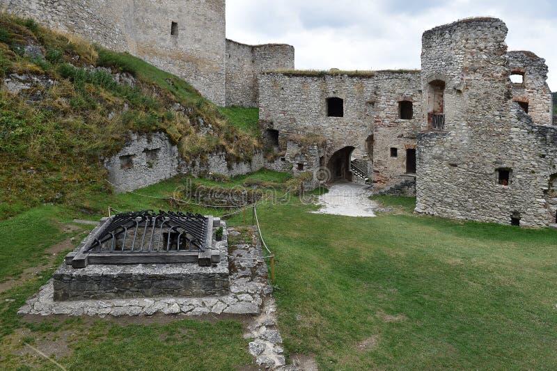 Schloss Rabi lizenzfreies stockbild