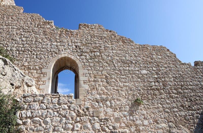 Schloss ruinierte Wände lizenzfreies stockbild